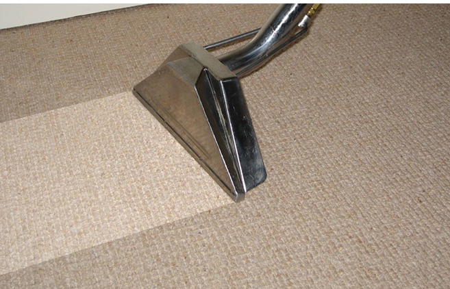Cleaning the carpet in three simple steps